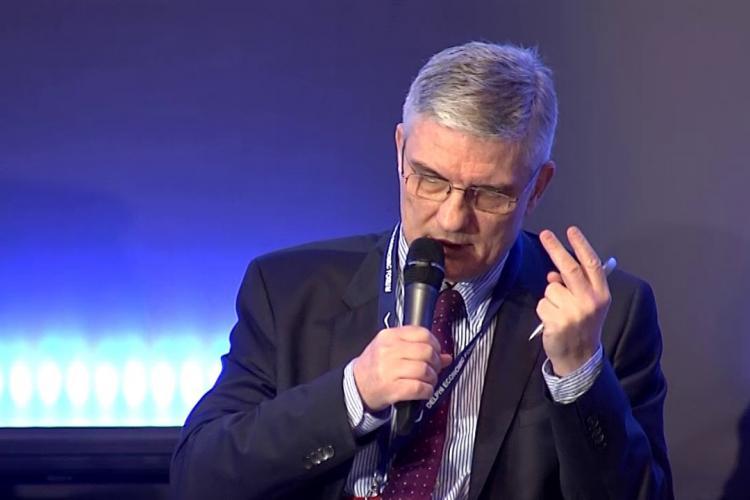 Lazea, BNR: 300.000 de bugetari trebuie concediați / Dăianu: E absurd!