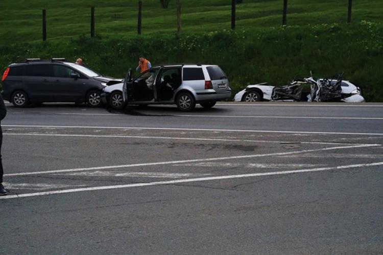 Accidentul zilei la Cluj! S-au uitat la BMW -ul lovit acum câteva zile și s-a ciocnit - FOTO