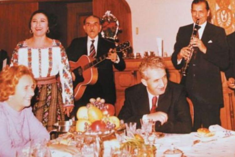 Paștele pe vremea lui Ceaușescu. Românii mergeau pe ascuns la biserică. Ce obișnuia să facă dictatorul în această perioadă