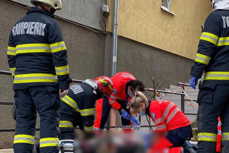 Cluj: Un bărbat a MURIT după ce a căzut de pe un bloc din Gheorgheni - FOTO