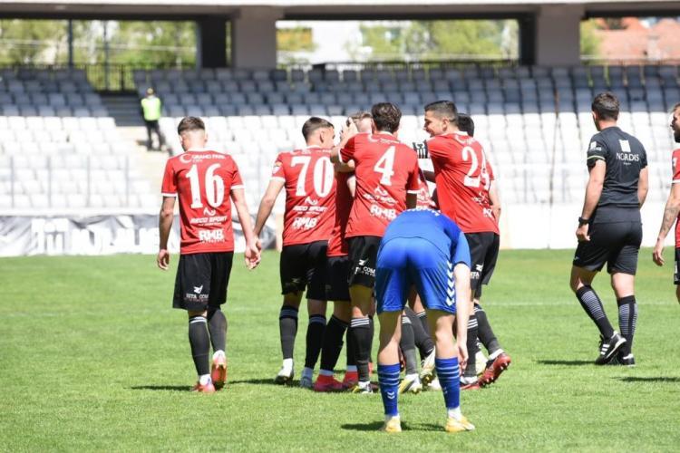 U Cluj, UMILITĂ de echipa comunei Recea. Clujenii termină în genunchi sezonul 2020-2021 și mai ratează un sezon