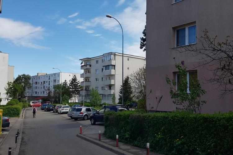 Boc spune că balcoanele se pot închide numai cu acordul Comisiei de Estetică Urbană