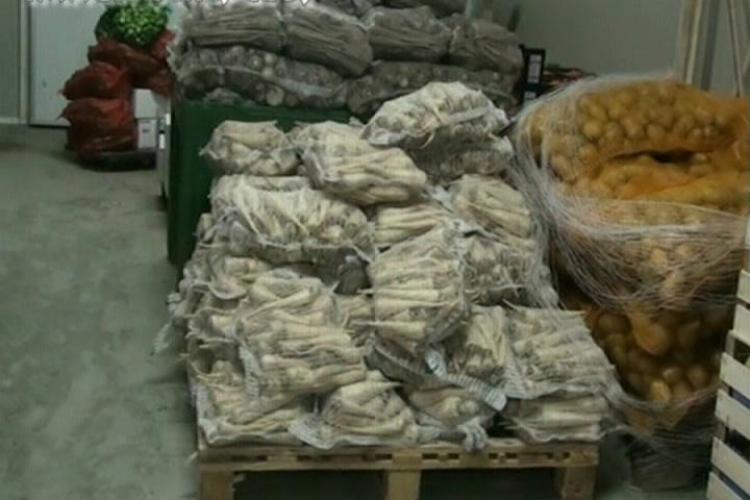 8,5 tone de legume si fructe din Ungaria, confiscate in Gilau- VIDEO