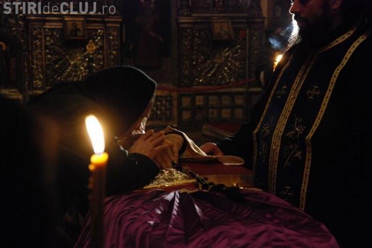 IPS Bartolomeu, plans de sute de credinciosi la catedrala Mitropolitana! VIDEO si FOTO
