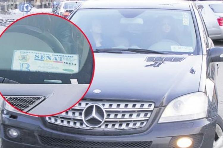 Bianca Dragusanu a folosit la Cluj o masina cu o acreditare falsa de la Senat? Vezi a cui e limuzina de lux  - FOTO