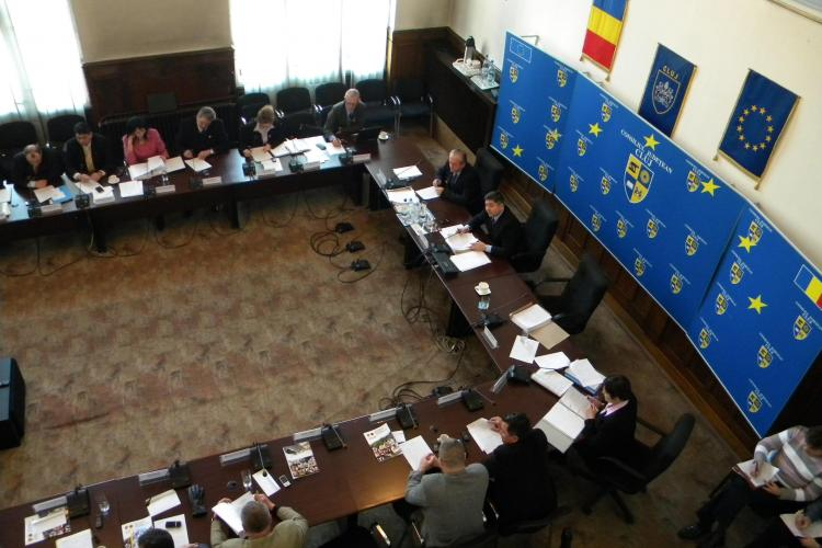 Indiferent de culoare politica, consilierii judeteni spun NU comasarii spitalelor din Cluj! VIDEO