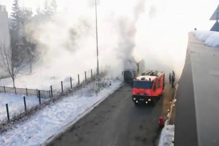 Un camion a luat foc langa Iulius Mall Cluj! - VIDEO