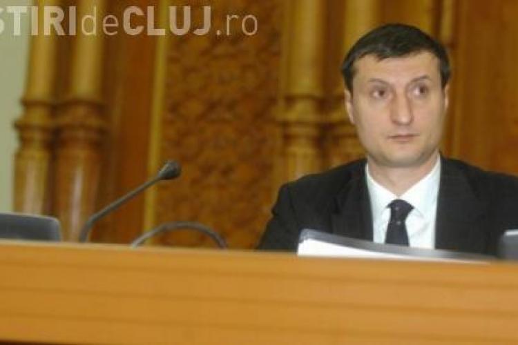 Deputatul Dan Pasat nu a fost exclus din PDL!