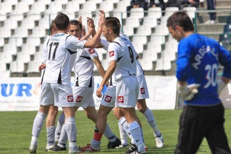 Universitatea Cluj isi consolideaza centrul de copii si juniori. Clubul selecteaza tineri de 15 pana la 20 de ani