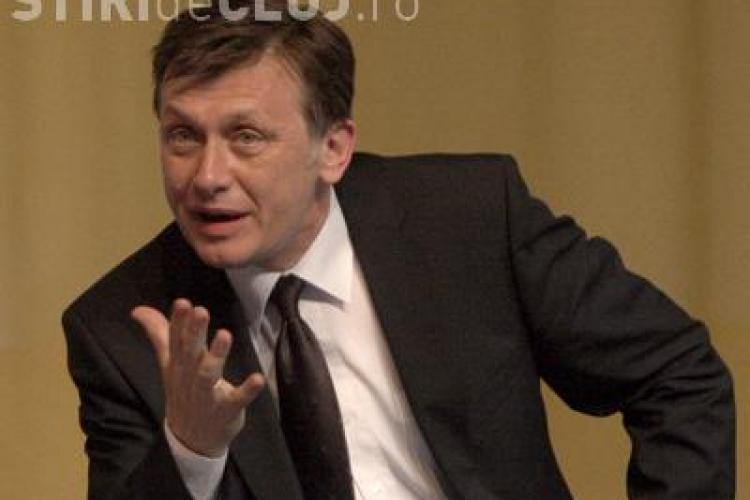 Daca duminica viitoare ar avea loc alegeri, Crin Antonescu ar iesi presedinte! 79% dintre romani ar vota demiterea lui Basescu