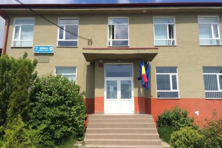 Alba-neagra cu școlile din Feleacu. Azi au fost deschise, mâine se închid