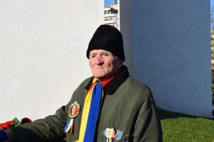 Un veteran de război din Alba s-a vindecat de COVID-19 la 99 de ani. Povestea lui este impresionantă