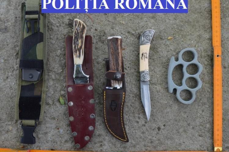 Percheziții în Gherla. Trei bărbați dețineau ilegal arme albe și muniție - FOTO