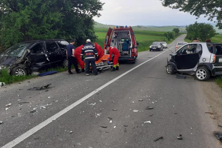 Trei persoane rănite în urma unui accident între Iara și Băișoara - FOTO