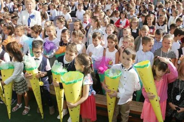 Cluj: Condiții pentru participarea la festivitățile de încheiere a anului școlar