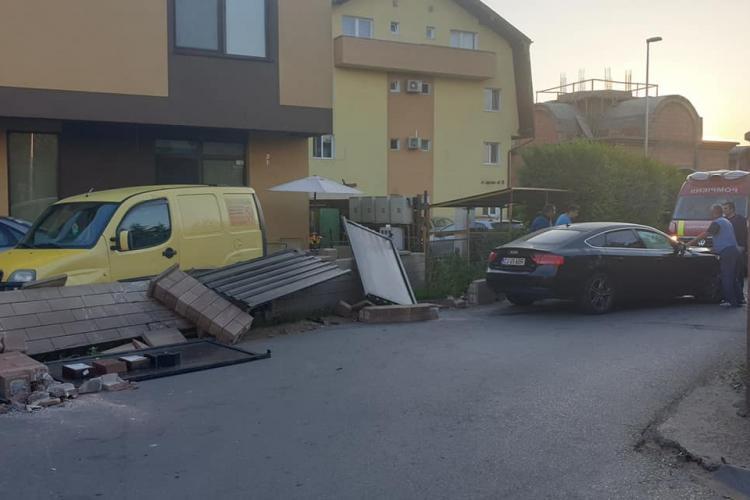 Accident în Florești, la strâmtoarea de pe Șesul de Sus. Șoferul era beat - FOTO