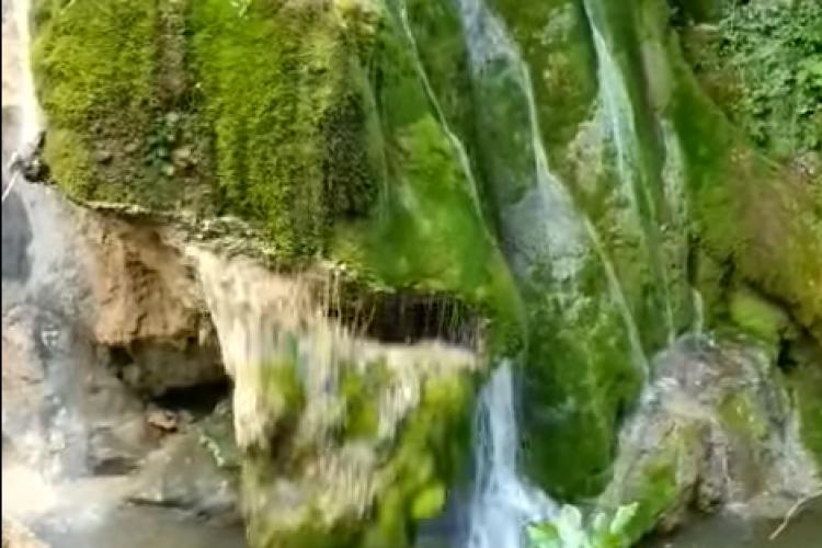 VIDEO - Momentul în care s-a prăbușit cascada Bigăr