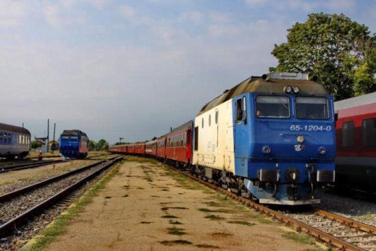 """CFR și companiile feroviare private introduc """"Trenurile Soarelui"""". Cât costă un bilet până la mare"""