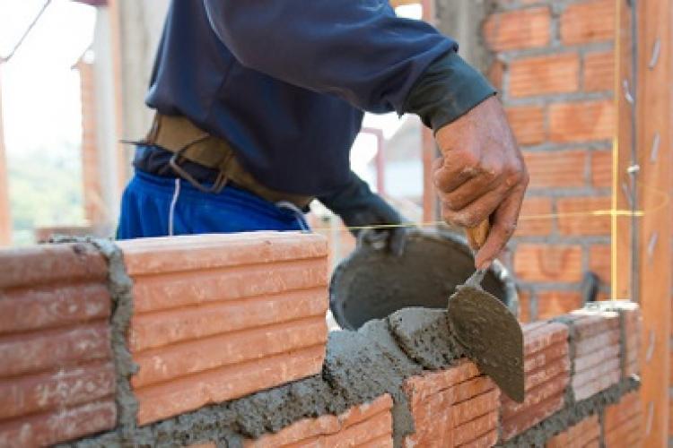 24 de construcții fără autorizație au fost demolate în 2021. Numai pe Valea Chintăului sunt 31 de construcții