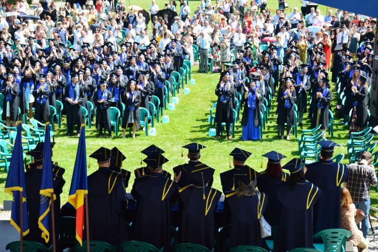Semn de normalitate la Cluj! Prima festivitate de absolvire ca la carte. S-a întâmplat la USAMV Cluj - FOTO