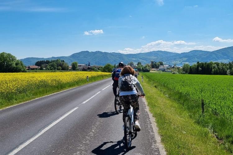 Clujeni în excursie în Austria: Ți se cere test COVID sau vaccin la fiecare terasă - FOTO
