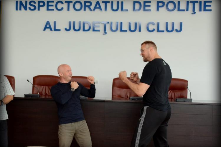 Mascații de la Poliția Cluj, instruiți de temutul Semmy Schilt, cvadruplu campion K-1 World Grand Prix - FOTO