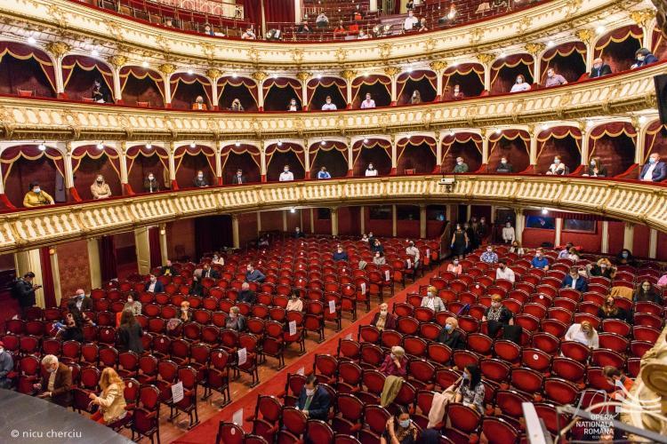 Câți oameni s-au infectat cu COVID-19 după spectacolul-pilot de la Opera Națională din Cluj?