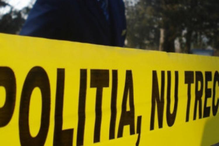 Moarte suspectă în Deușu, comuna Chinteni. Fiica și-a lovit tatăl. Vecinii spun că a vrut să îl ardă