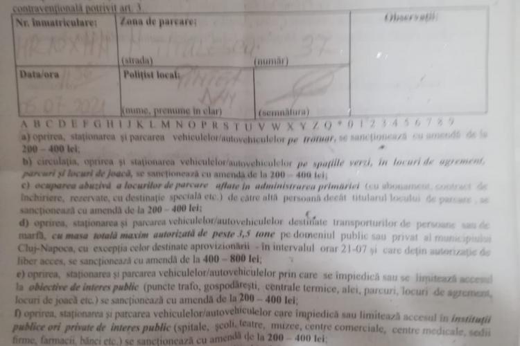 Șoferii care parchează pe trotuar, pe Nicolae Titulescu, amendați de Primăria Cluj-Napoca - FOTO