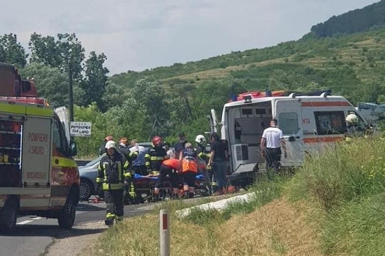 Accident moto - auto in Baciu, pe strada Poiana Cerbului - FOTO