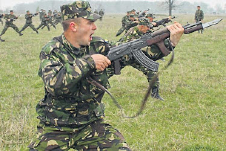 Cluj: Se face recrutare de rezerviști voluntari, care să facă serviciul militar în rezervă