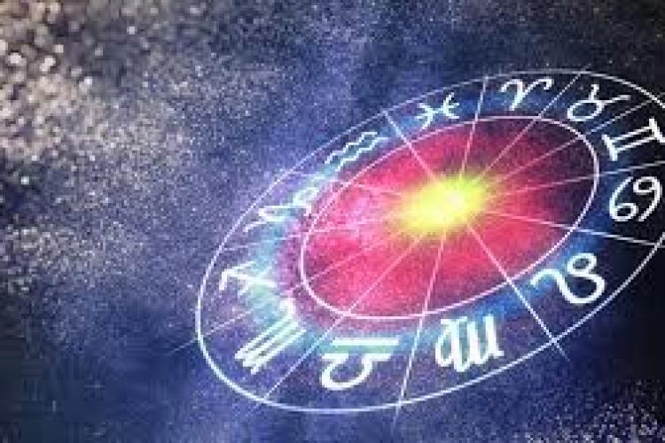 Horoscop 3 iulie 2021. Peștii vor petrece noaptea cu cineva special