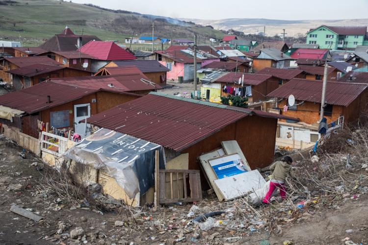 Boc promite că nu se fac evacuări la Pata Rât: S-au certat între ei pentru că nu plătesc și stau ilegal
