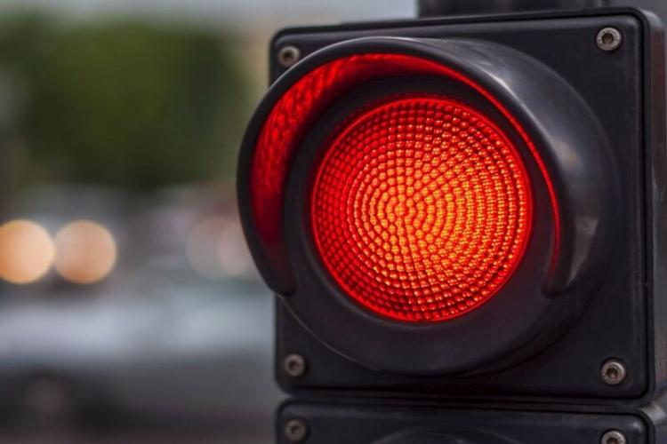 Cluj: A trecut pe Roșu și a REGRETAT. Accident rutier pe strada Horea
