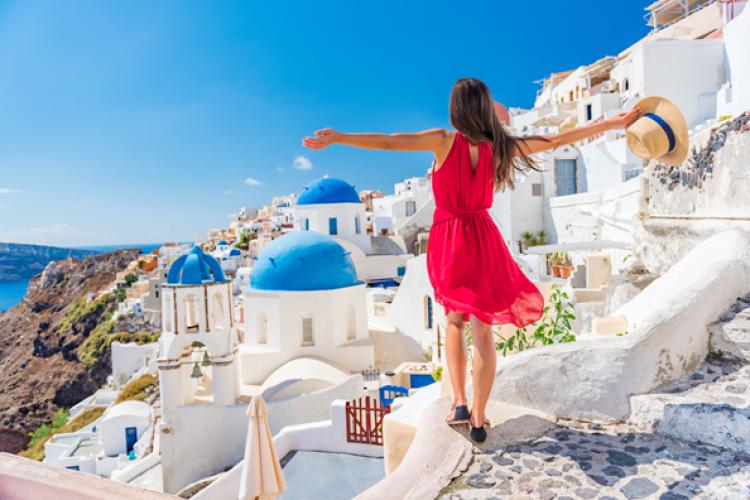 UPDATE: Grecia NU schimbă regulile pentru turiști. Ce au anunțat reprezentanții Ambasadei Greciei?