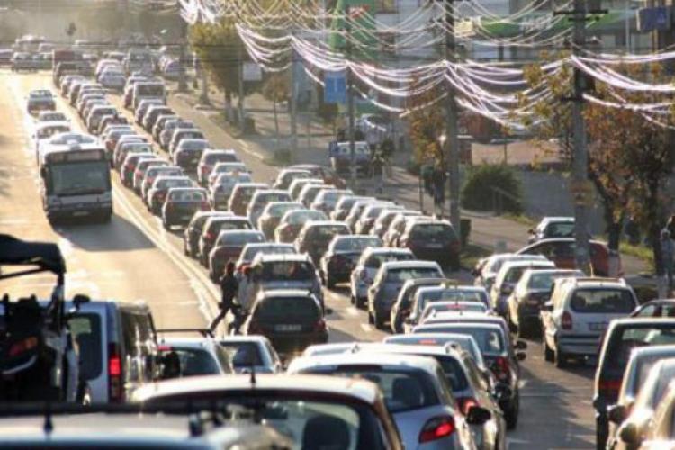 Boc către cei care se plâng că întârzie la lucru din cauza traficului: Lenea nu ține loc de scuze