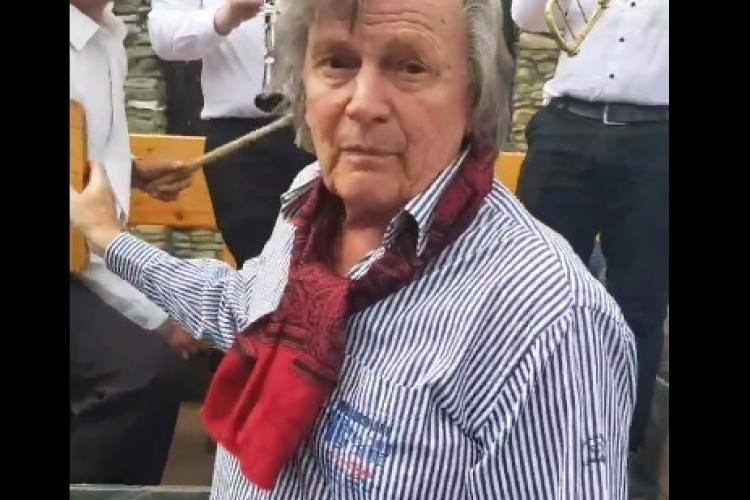 Cum a fost primit marele Florin Piersic, la Putna! Momente emoționante - VIDEO