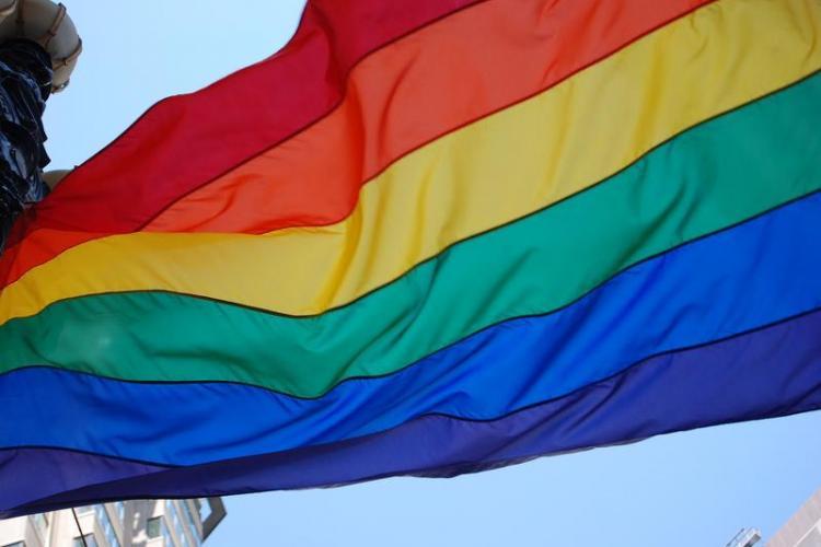 Vameșii și polițiștii de frontiera de la Aeroportul Cluj, acuzați de ABUZ de către o asociație LGBT. Ar fi jignit o femeie transgender