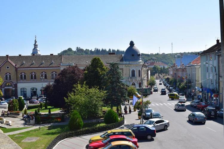Dejul, în top zece cele mai performante primării din România. Cu greu s-a făcut și un supermarket
