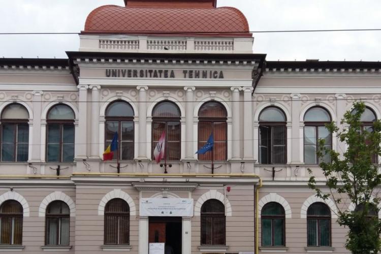 La Universitatea Tehnică Cluj cursurile încep cu prezența studenților în săli