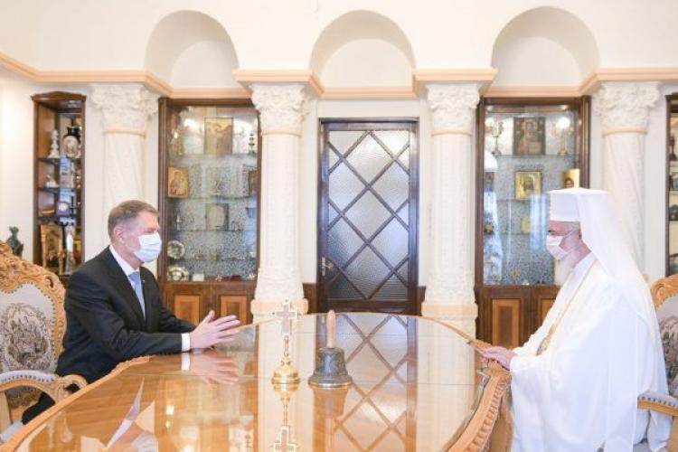 Klaus Iohannis îl va decora pe Patriarhul Daniel, care împlinește 70 de ani