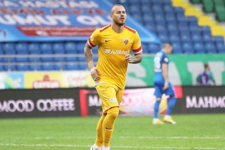 Denis Alibec, împrumutat de CFR Cluj pentru un sezon