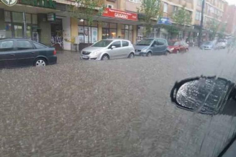 """Furtuna de duminică seara din Cluj s-ar putea repeta luni. Meteorolog: """"Ne putem aștepta azi și mâine, poate fi chiar mai rău"""""""