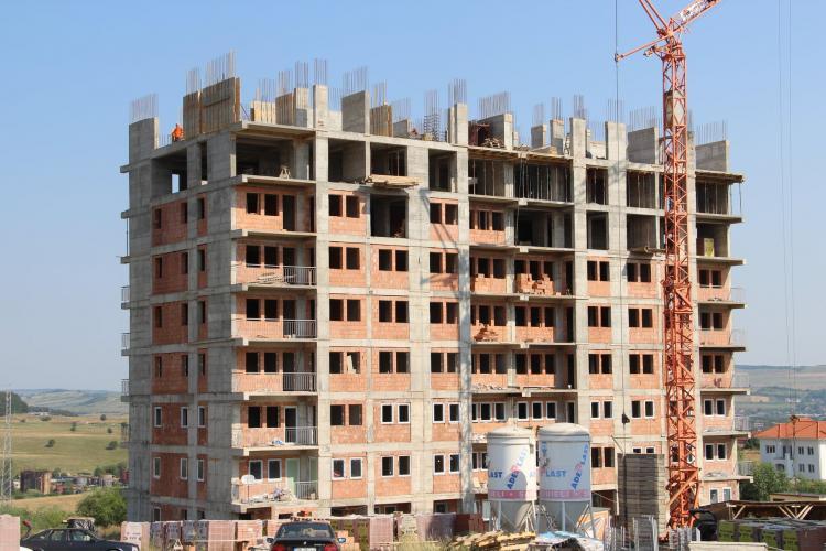 Primăria Zalău construiește blocuri pentru tineri. Se dau gratuit. La Cluj totul este lăsat pe mâna dezvoltatorilor - FOTO