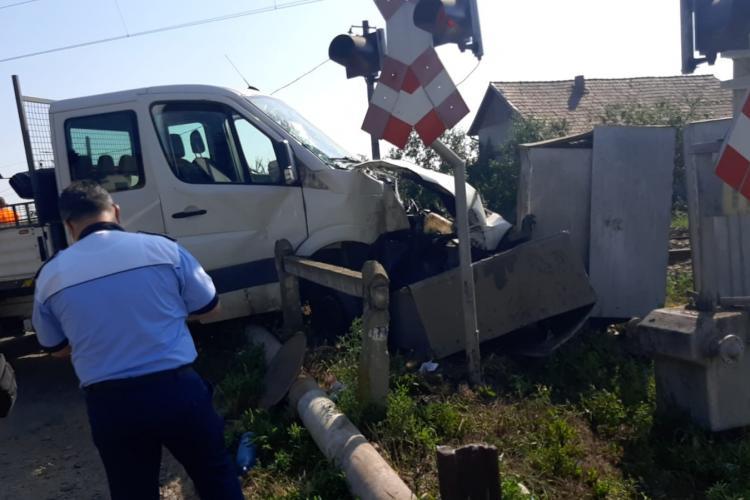 Accident feroviar în Apahida! 2 persoane au fost transportate la spital