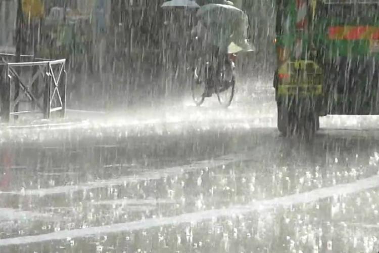 COD ROȘU de ploi la Cluj. Care sunt zonele vizate