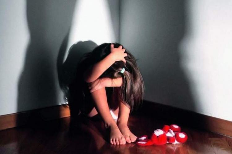Ce se va întâmpla cu bărbatul din Dej, acuzat de agresiune sexuală față de fiica lui?