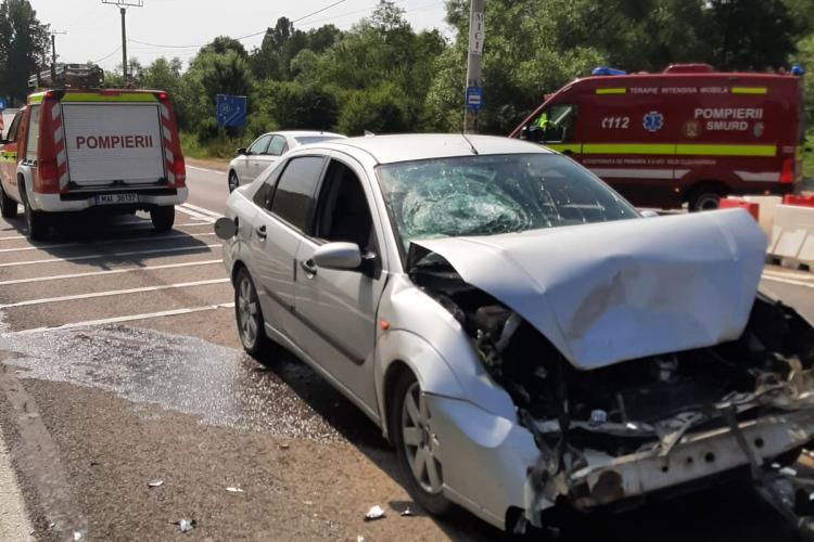Accident rutier în Feleacu! O femeie a fost transportată la spital - FOTO