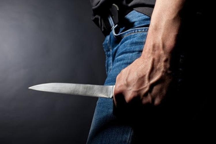 Cluj: Scandal violent între doi tineri surdo-muți. Femeia a ajuns la spital în stare gravă
