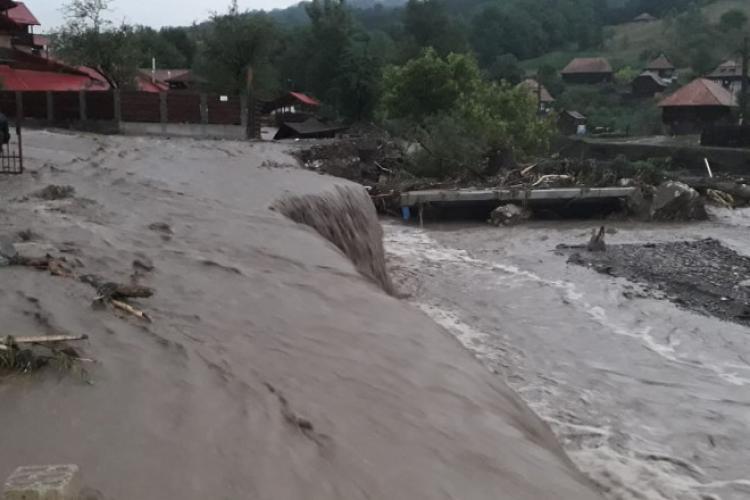 36 localități din 15 județe, printre care și Cluj, au fost afectate de inundații în urma ploilor abundente din ultimele 24 de ore